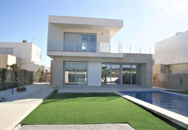 Villa in Orihuela - REF 3053