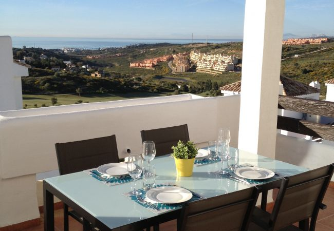 Apartment in Estepona - Réf: 2050