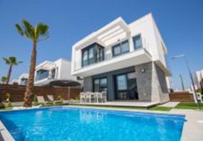 Villa en Orihuela - Ref 3031