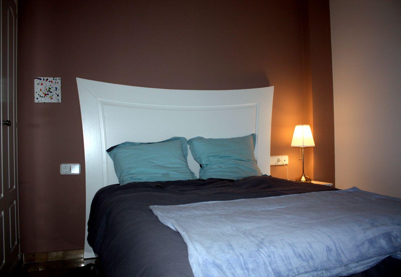 Zapholiday - 2099 - Appartement  à loué au Golf La Duquesa, Costa del Sol - chambre