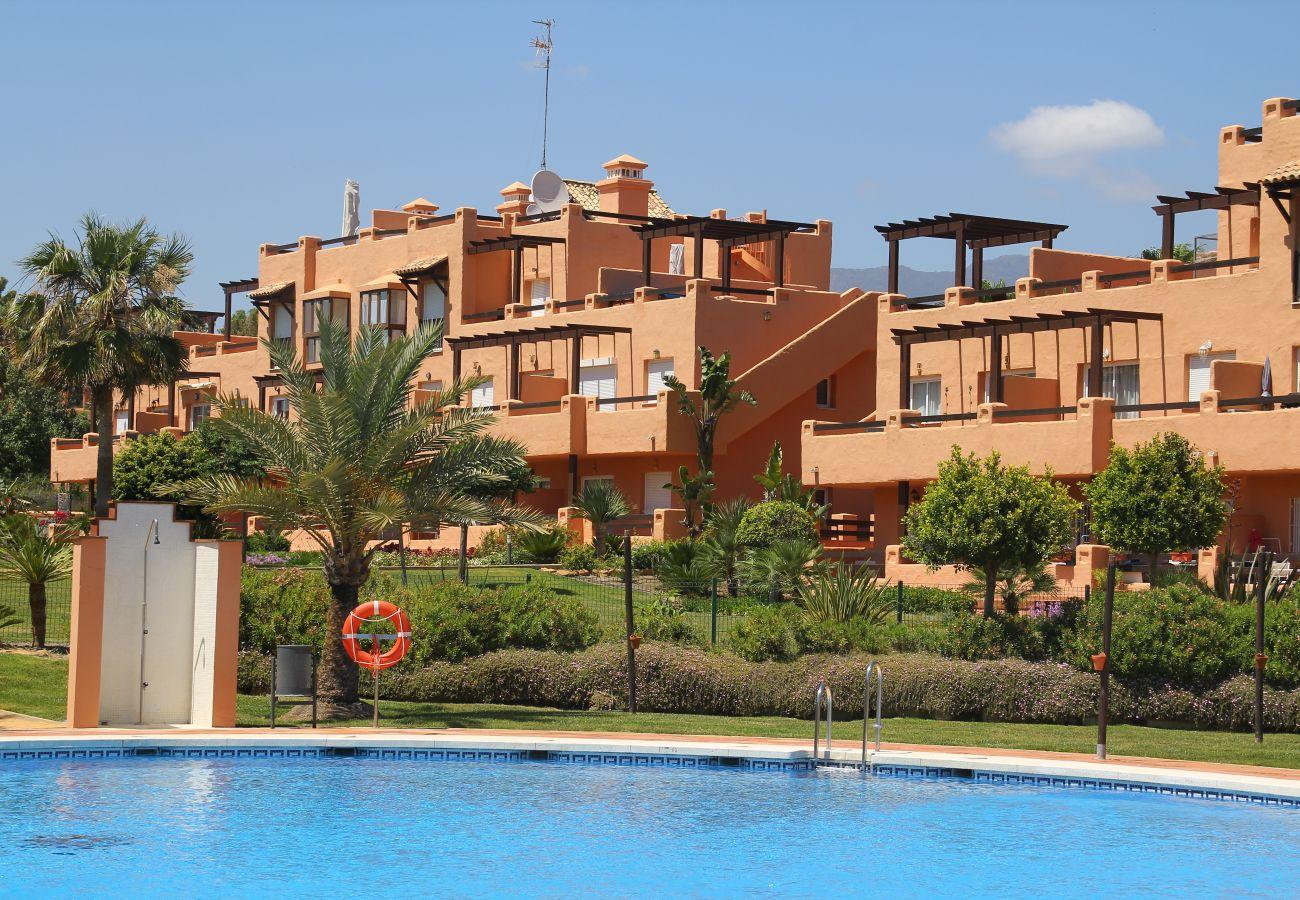 Zapholiday - 2180 - location appartement Casares, Costa del Sol - Piscine