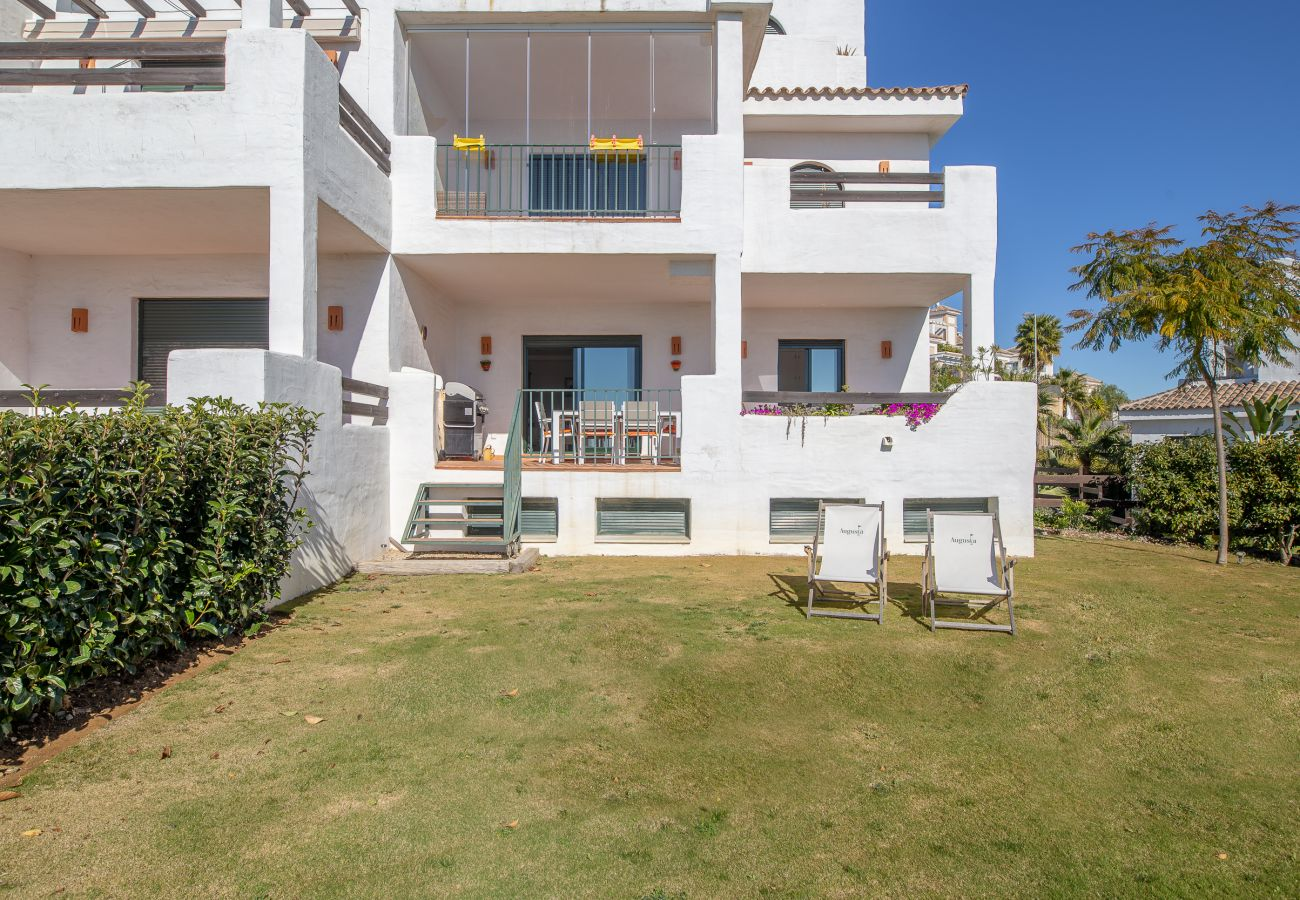 Zapholiday - 2193 - location appartement Casares - jardin