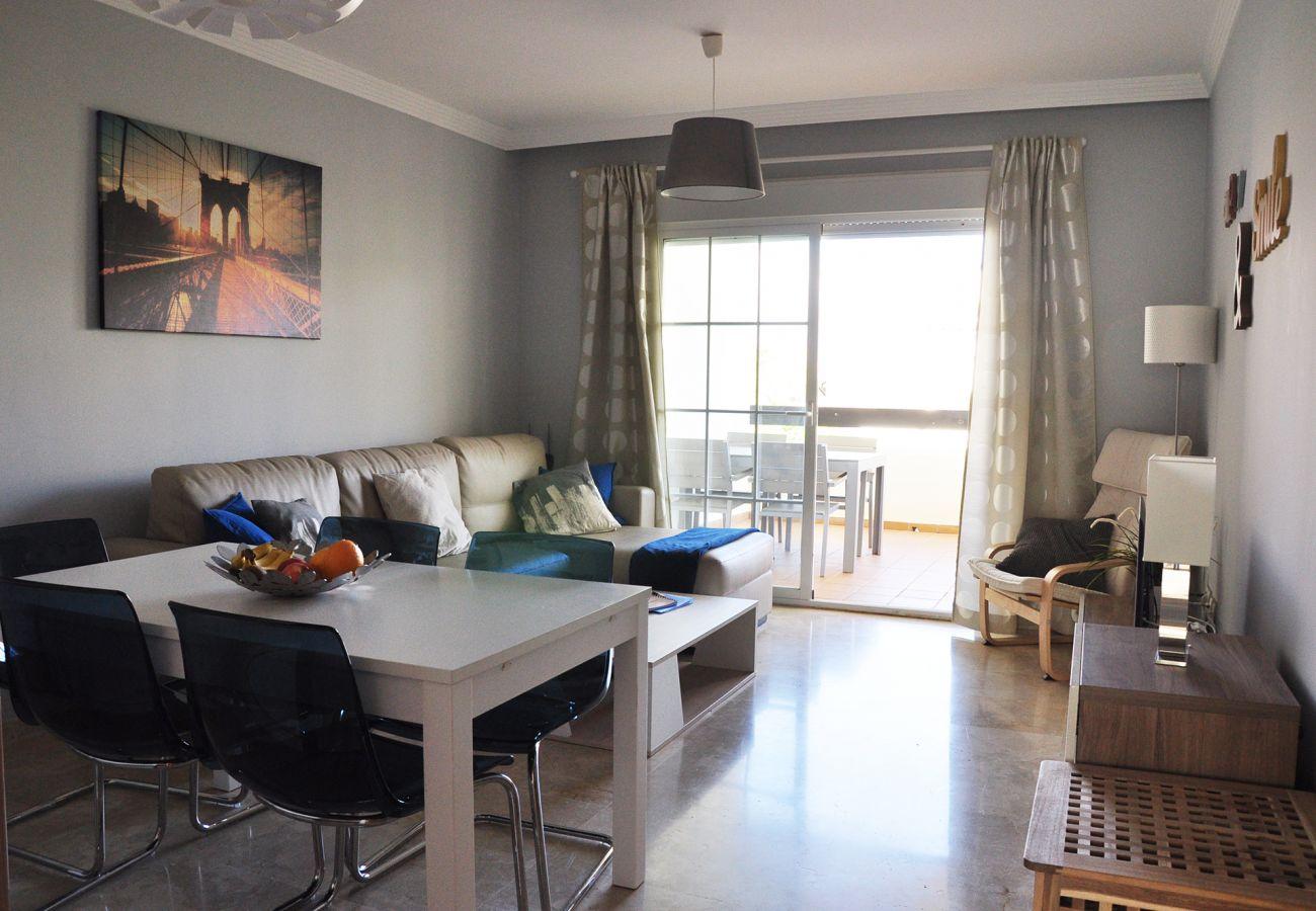 apholiday – 2201 – Location appartement Manilva - salon