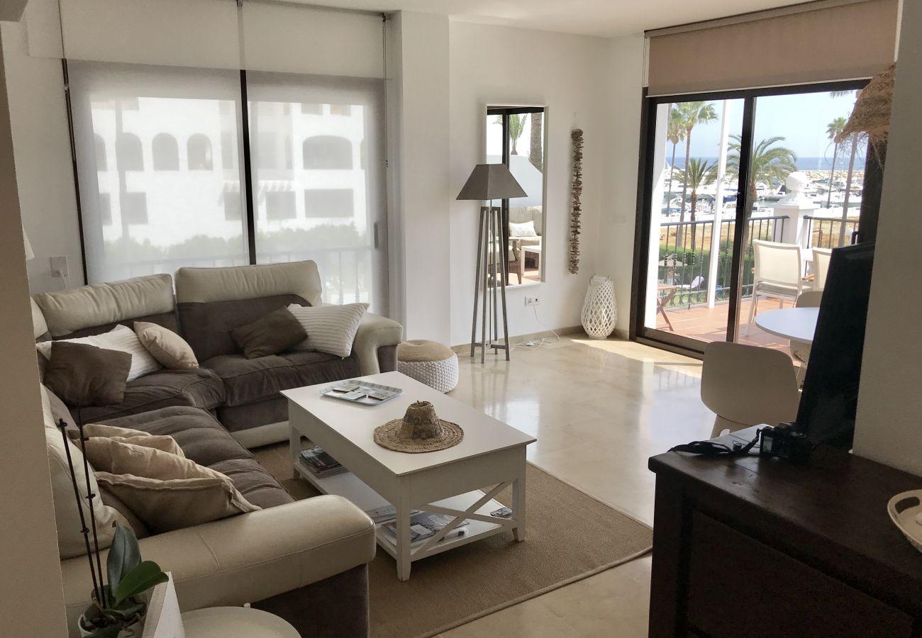 Zapholiday – 2204 – Appartement de vacances Duquesa - salon