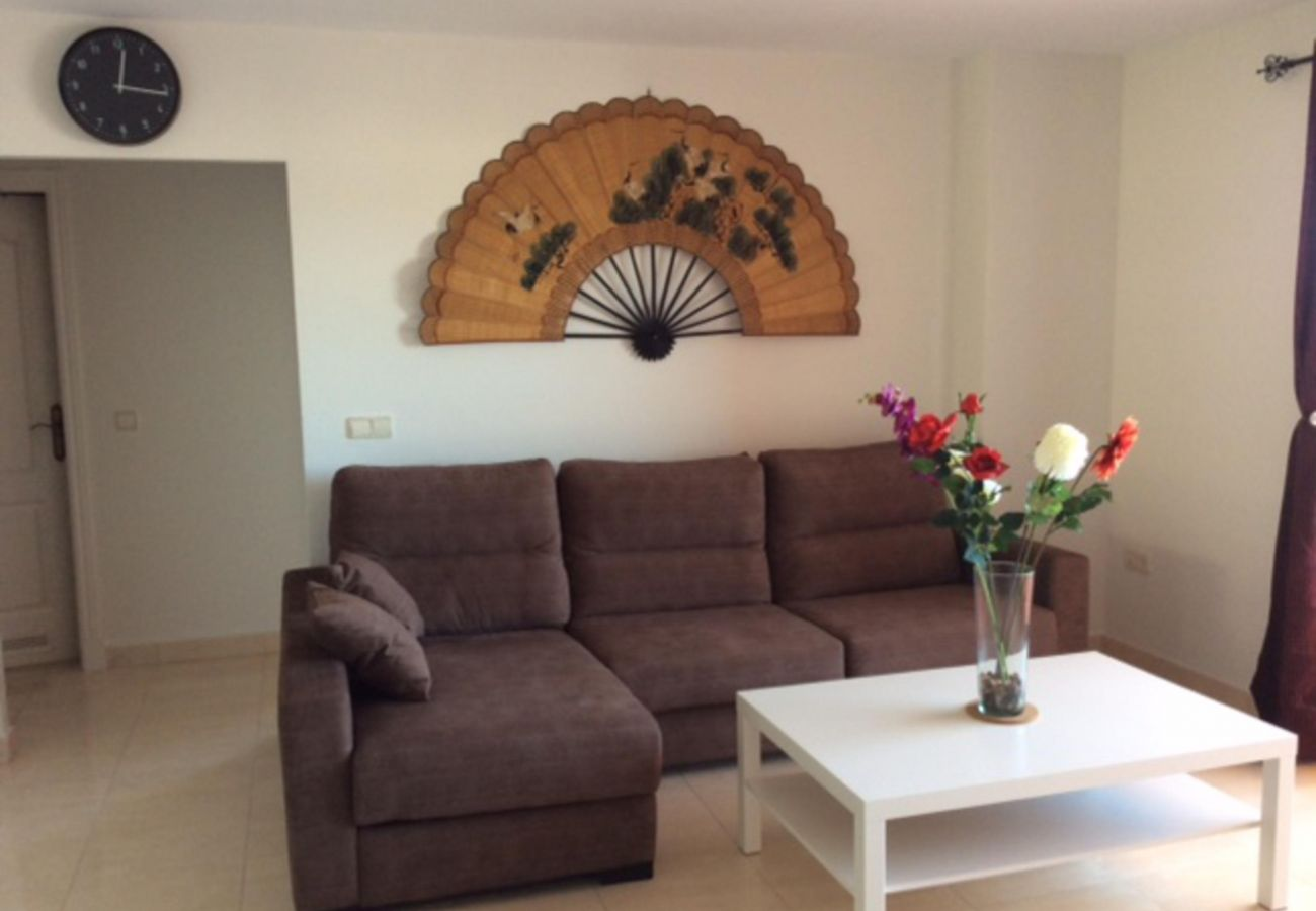 Zapholiday - 2208 - Appartement de vacances La Duquesa - salon