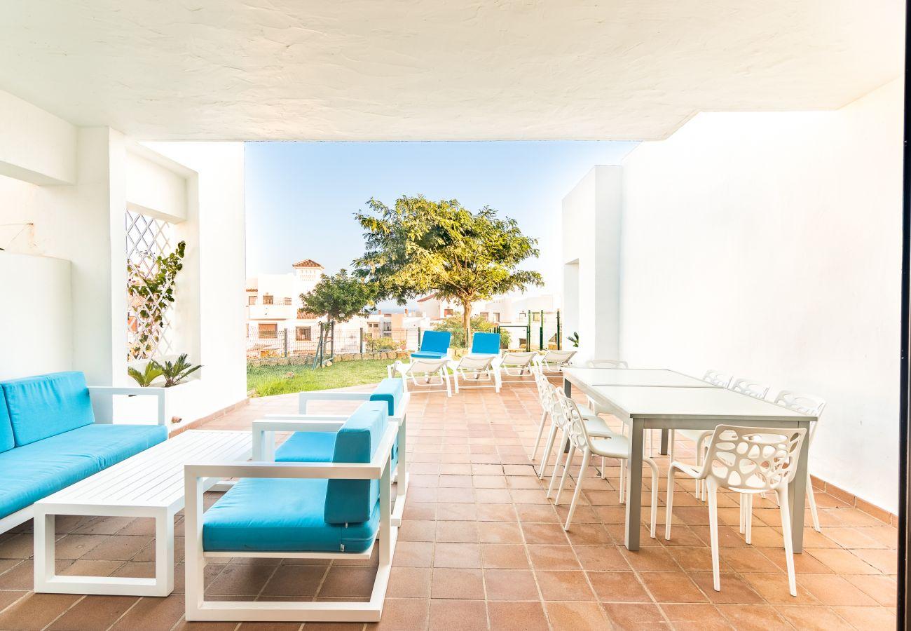 Zapholiday – 2209 – Location villa Alcaidesa - terrasse