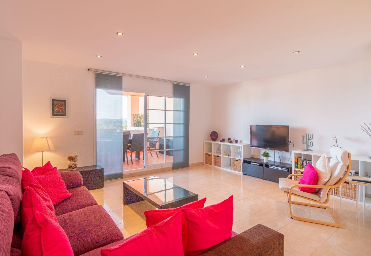 Zapholiday - 2211 - Appartement de vacances La Duquesa - salon
