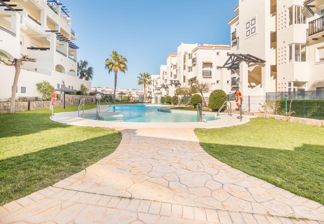 Zapholiday – 2222 – Location appartement Manilva - piscine