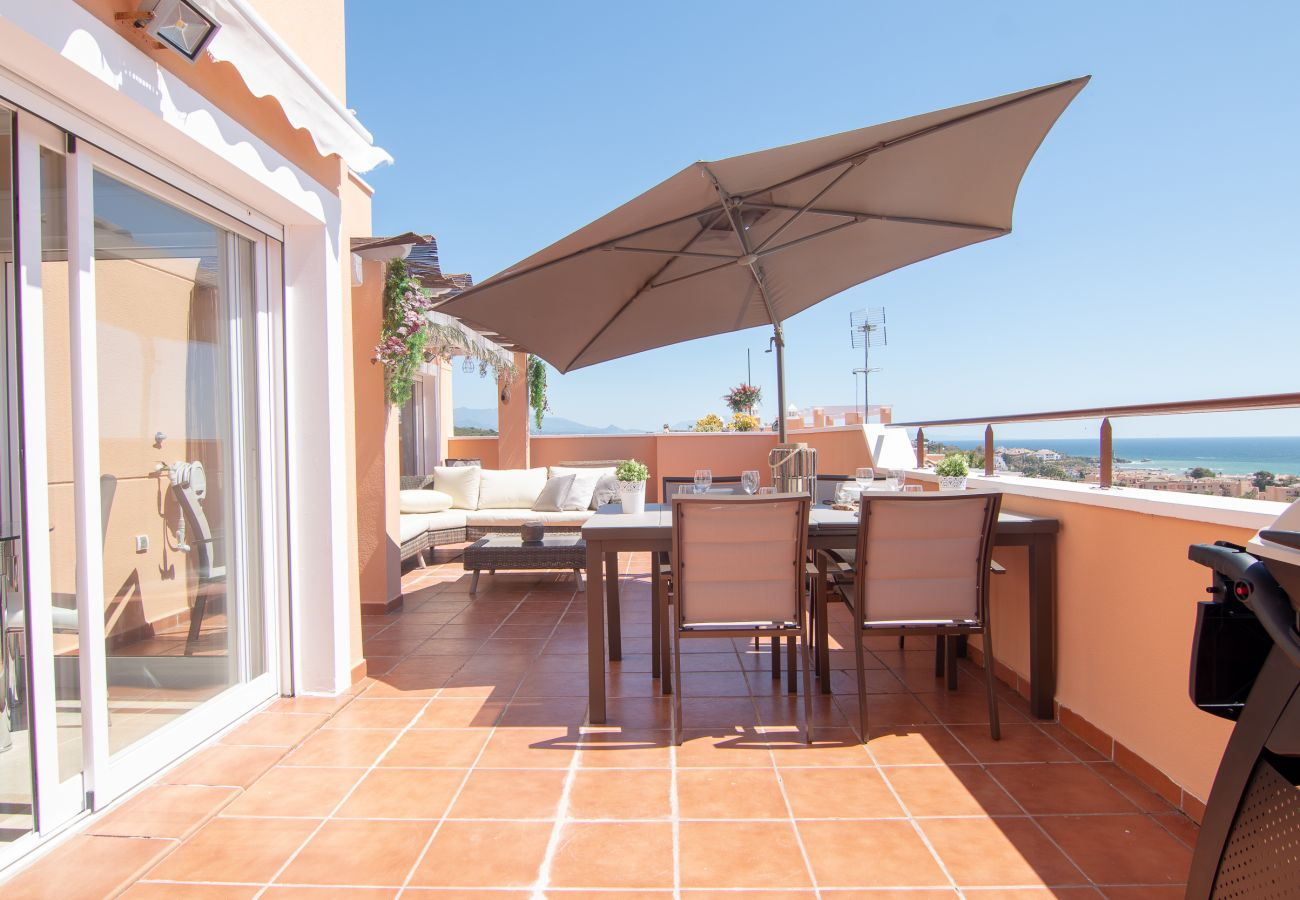 Zapholiday - 2242- location appartement Casares - terrasse