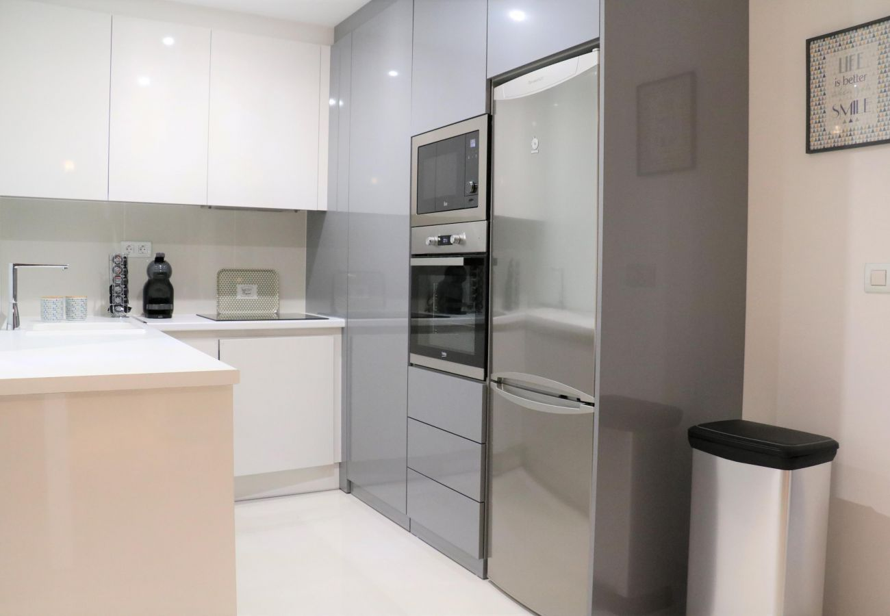 Zapholiday  –  3022  -  appartement Mil Palmeras, Costa Blanca  –   cuisine