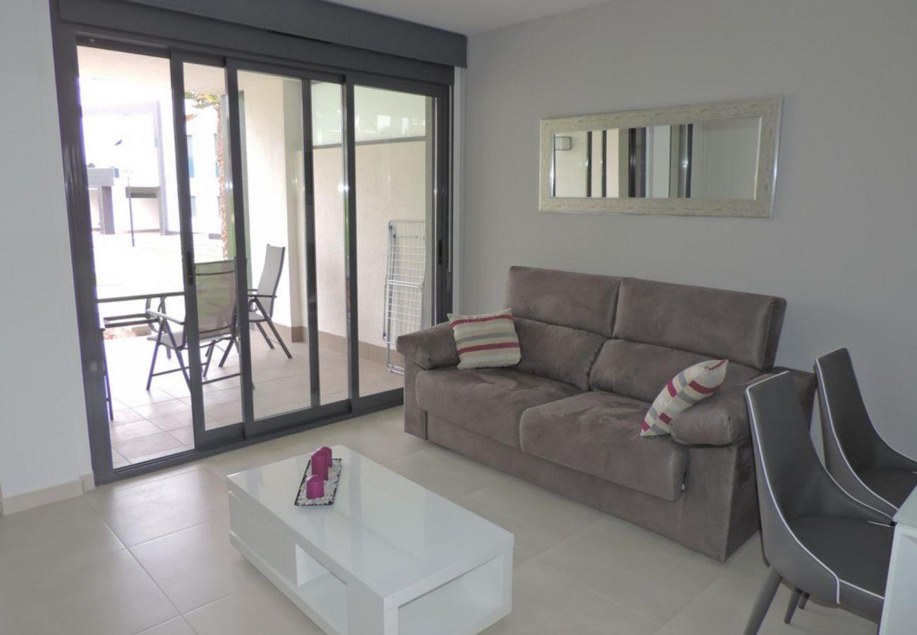 Zapholiday  –  3023  -  appartement Punta Prima, Costa Blanca  – salon
