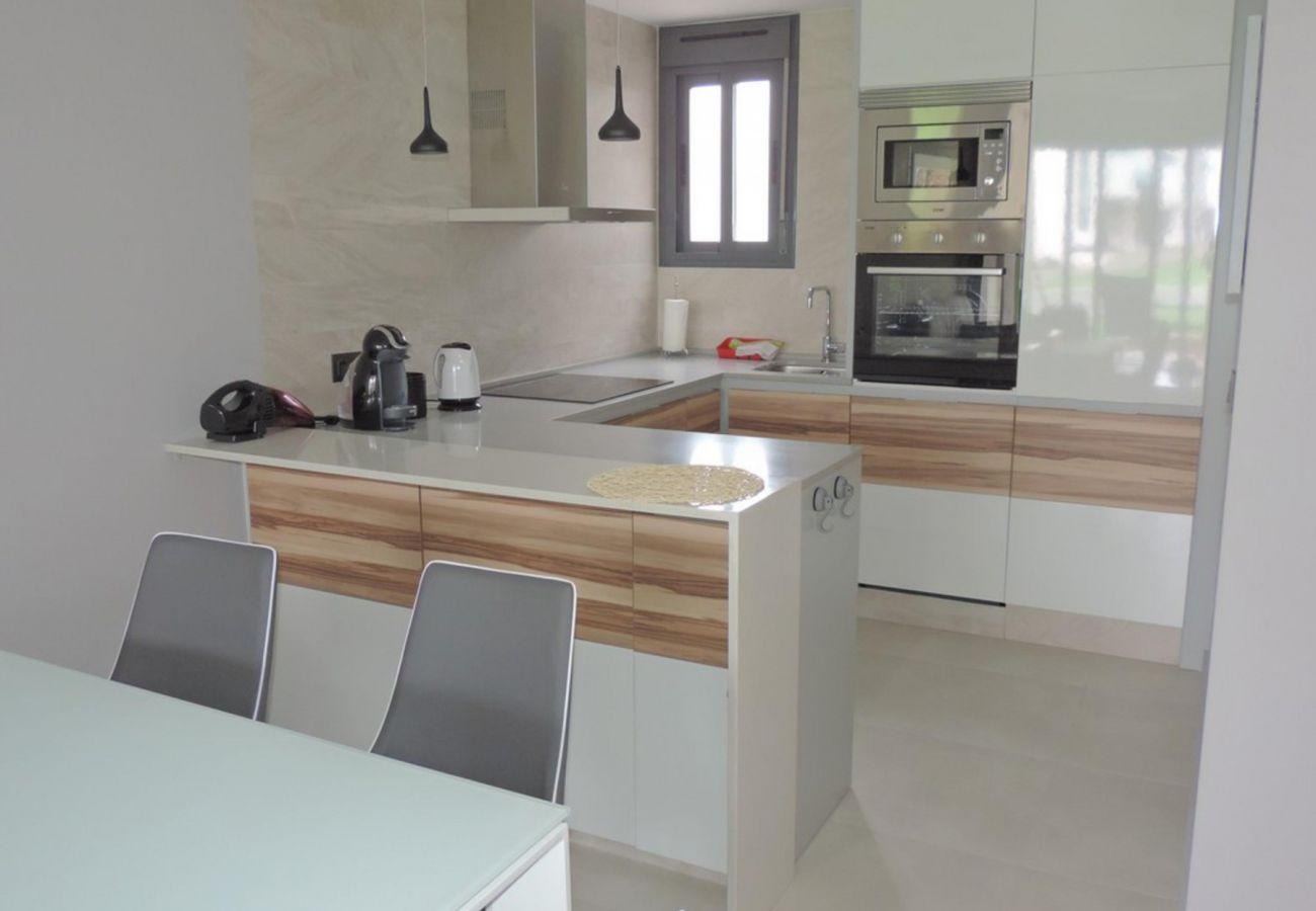 Zapholiday  –  3023  -  appartement Punta Prima, Costa Blanca  – cuisine