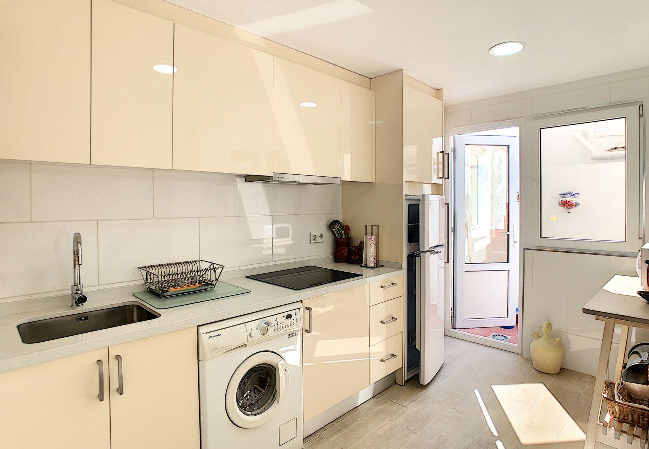 Zapholiday  -  3046  -  location apartement Villamartin, Costa Blanca  –  cuisine
