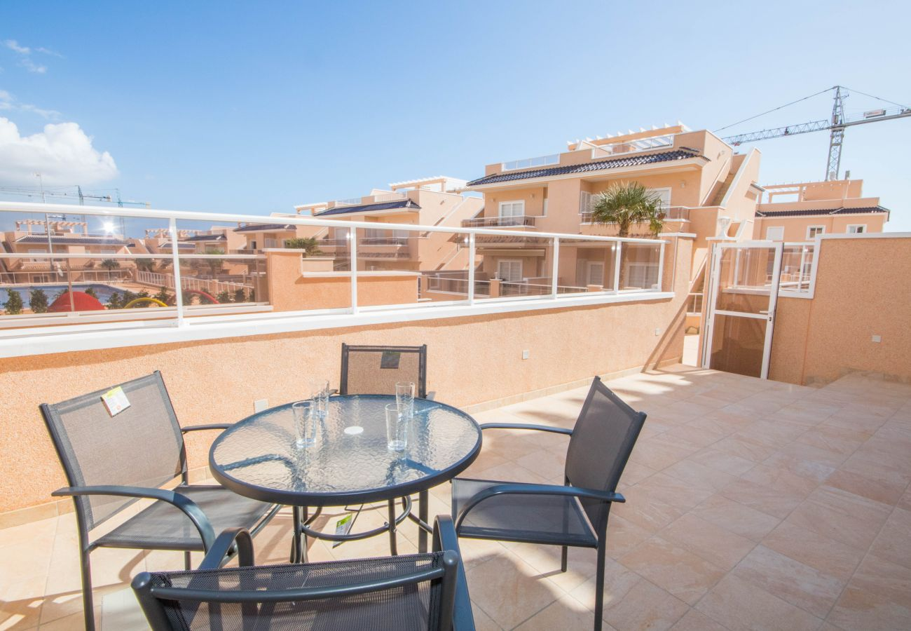 Zapholiday  –  3049  -  appartement Punta Prima, Costa Blanca  –   terrace