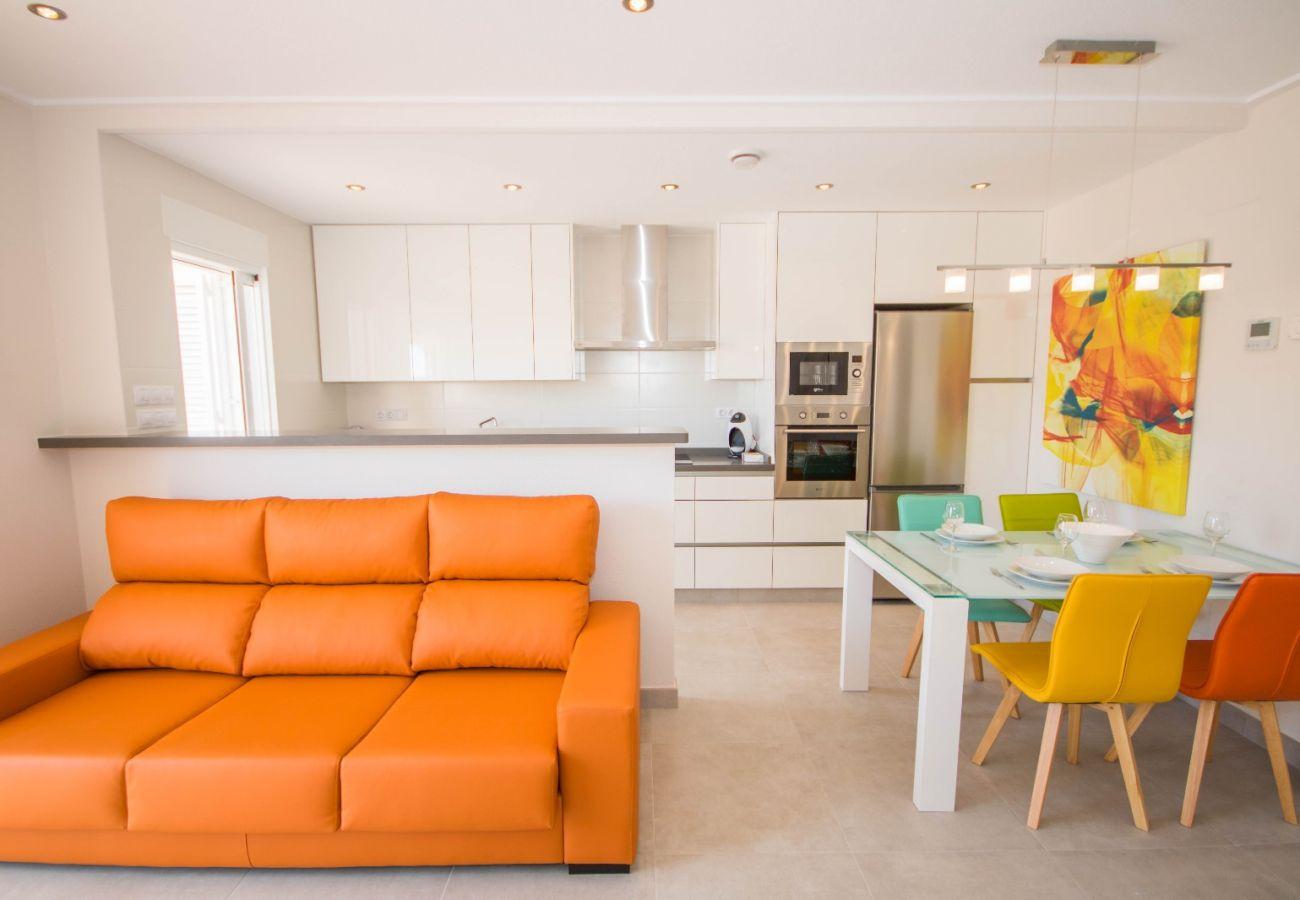 Zapholiday  –  3049  -  appartement Punta Prima, Costa Blanca  – salon