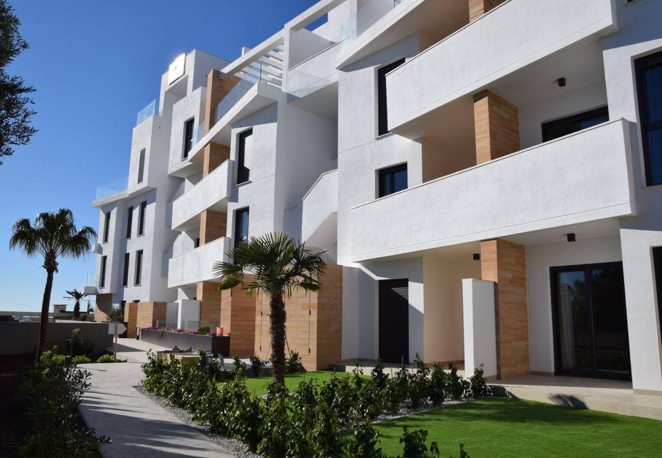 Zapholiday  -  3055  -  Appartement Orihuela Costa, Costa Blanca  –  terrace