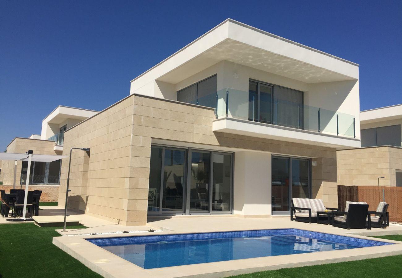 Zapholiday  –  3018  -  villa Orihuela , Alicante  –   piscine