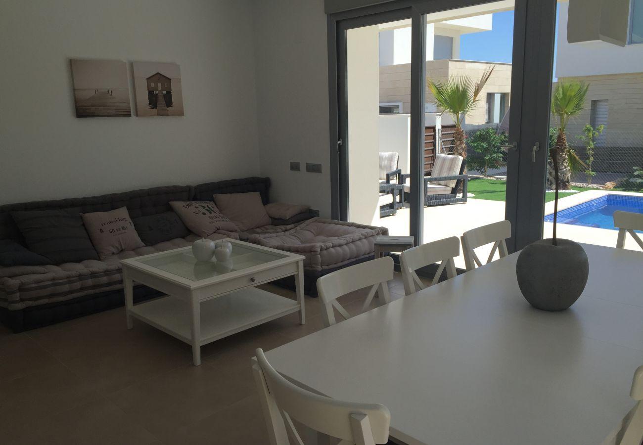Zapholiday – 3018  - villa Orihuela , Alicante - salon