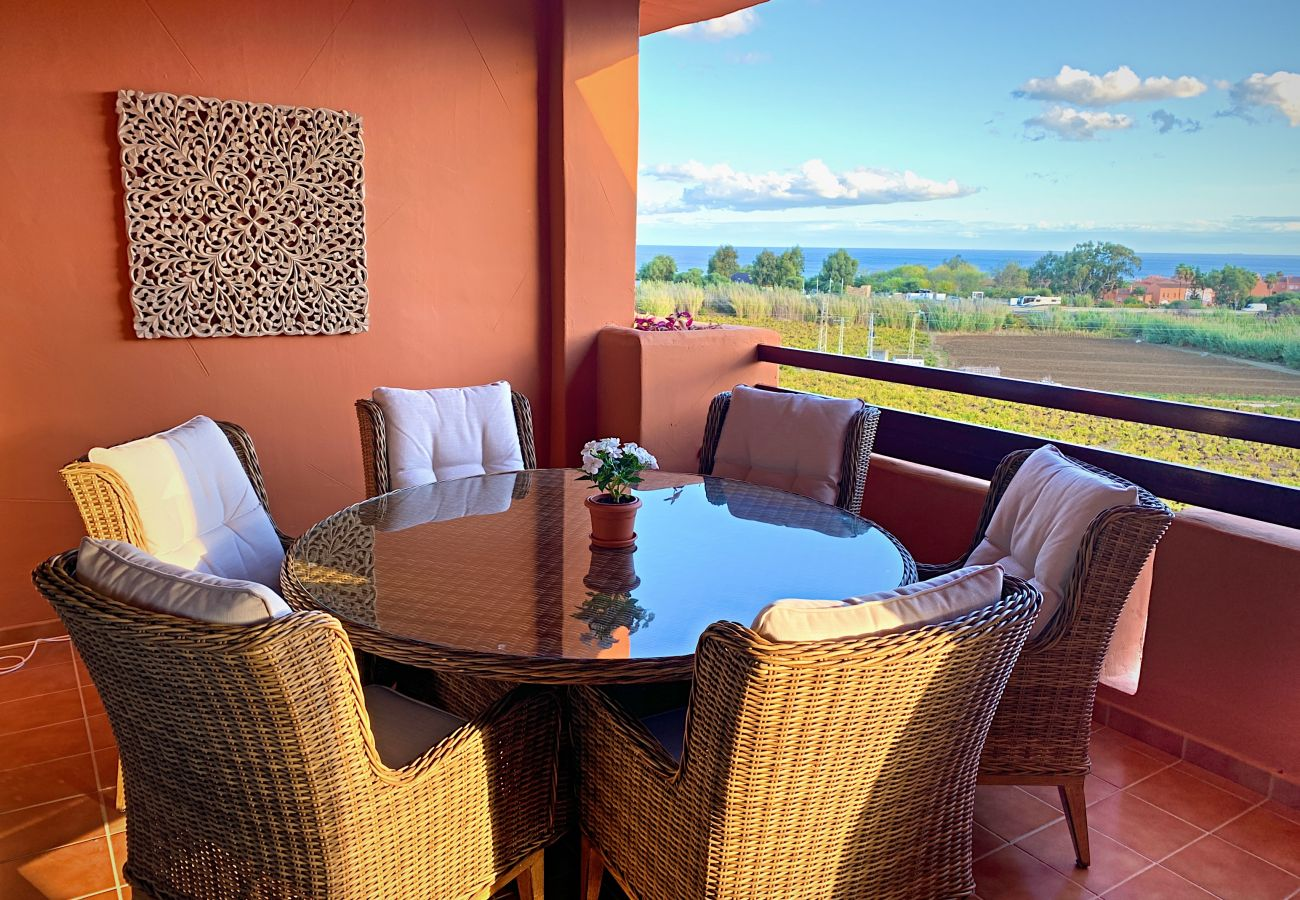 ZapHoliday - 2303 – location appartement à Manilva, Costa del Sol - terrace
