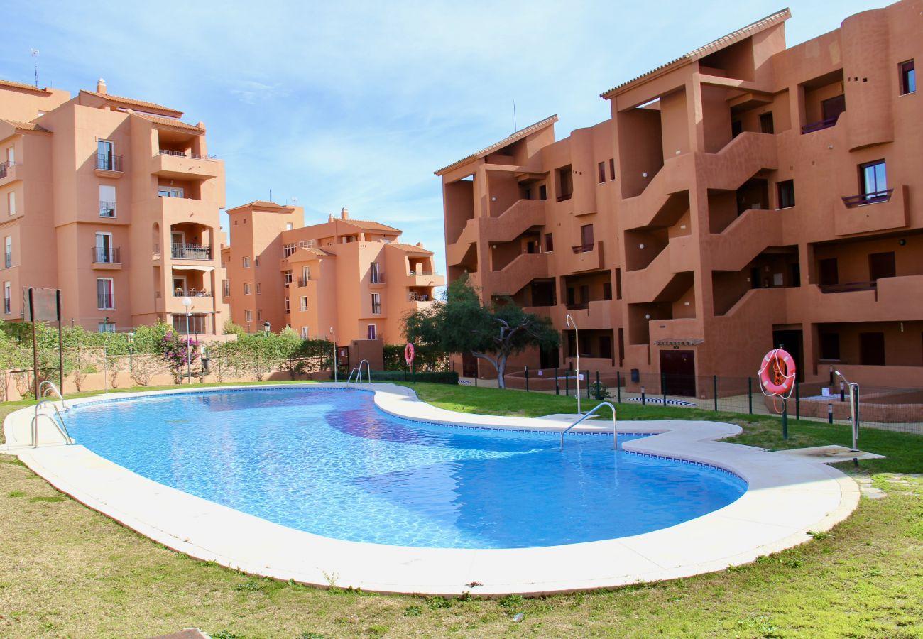 ZapHoliday - 2303 – location appartement à Manilva, Costa del Sol - piscine