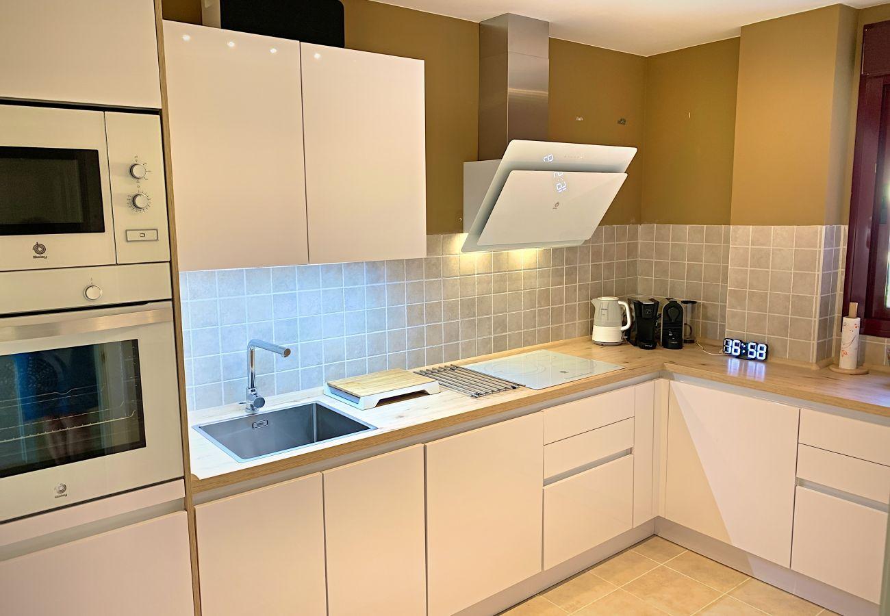 ZapHoliday - 2303 – location appartement à Manilva, Costa del Sol - cuisine