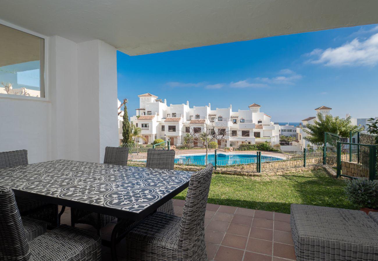 ZapHoliday - 2305 - apartment rental in La Alcaidesa, Costa del Sol - swimming pool